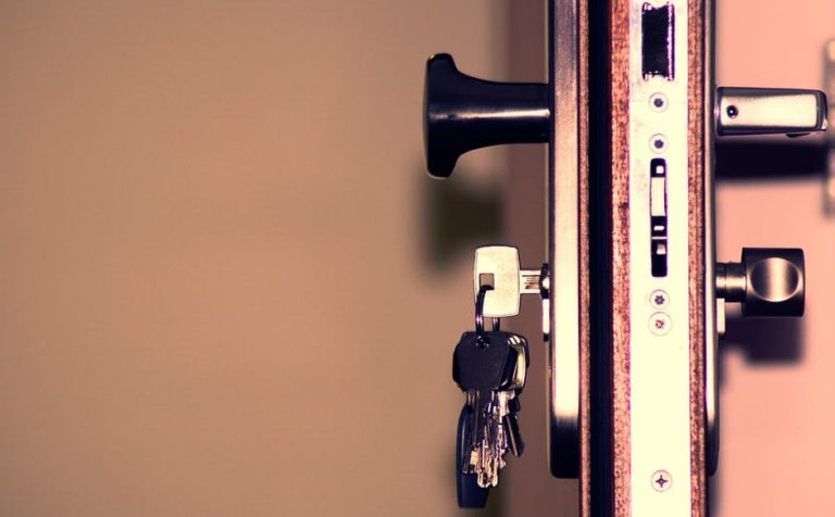 ways-to-avoid-locking-yourself-out